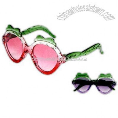 Strawberry style plastic kids sunglasses