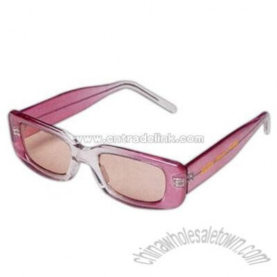 Sunglasses with matching color frames and lenses