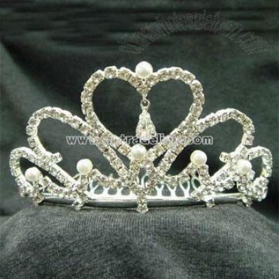 Tiara Decorated with Pearls