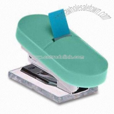 Useful and portable Staplers and Staple Remover