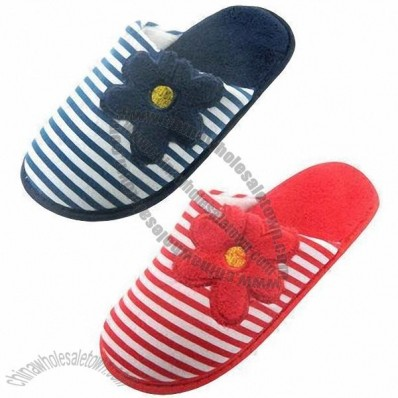Various Styles Lady's Terry Slipper with Printed Fleece