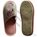 Women's plush slippers with TPR sole, fashionable design