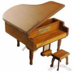 Wood Color Metal Pedal Piano Music Box For Home And Bookcase Decoration